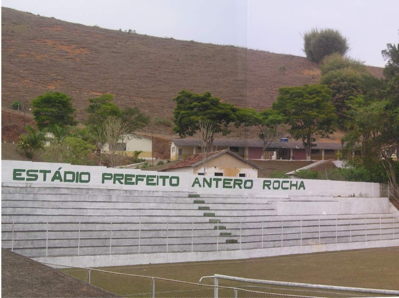 estadio_municipal_antero-rocha_guarara-mg